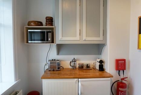 Nespresso, microwave, toaster