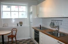 Dishwasher, ceramic hob, oven, microwave